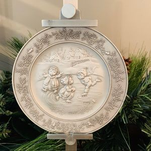 1987 at Christmas by Hallmark fine pewter plate